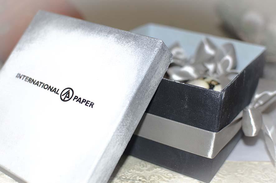Новогодние корпоративные подарки с логотипом